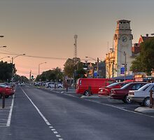 Yarrawonga Main Street by David Hunt