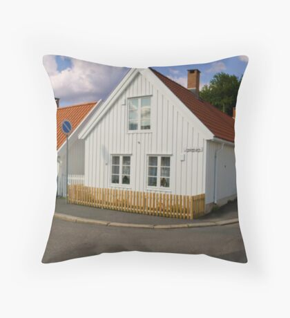 Traditional Norwegian homes Throw Pillow