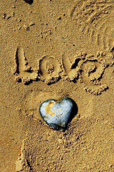 Pebble Heart. dedicated to Simon.  by Karen  Betts