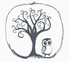 Apple tree Owl by Jamie Duff