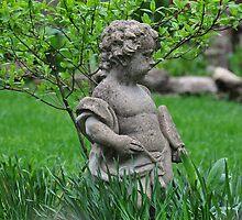 Garden Cherub by mltrue