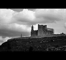 Rock of Cashel by silverishfox