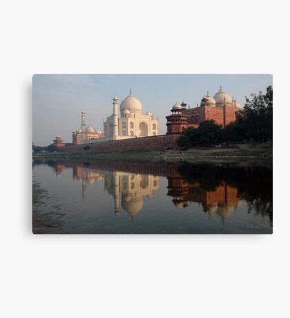 Taj Mahal, India Canvas Print