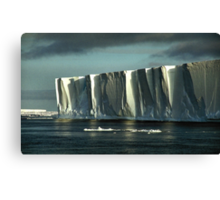 Tabular Iceberg Antarctica - sunset/sunrise Canvas Print