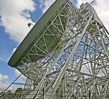 LOVELL RADIO TELESCOPE by MIKESCOTT