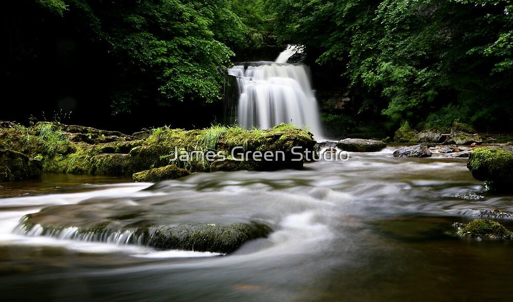 West Burton, Yorkshire Dales by James Green Studio
