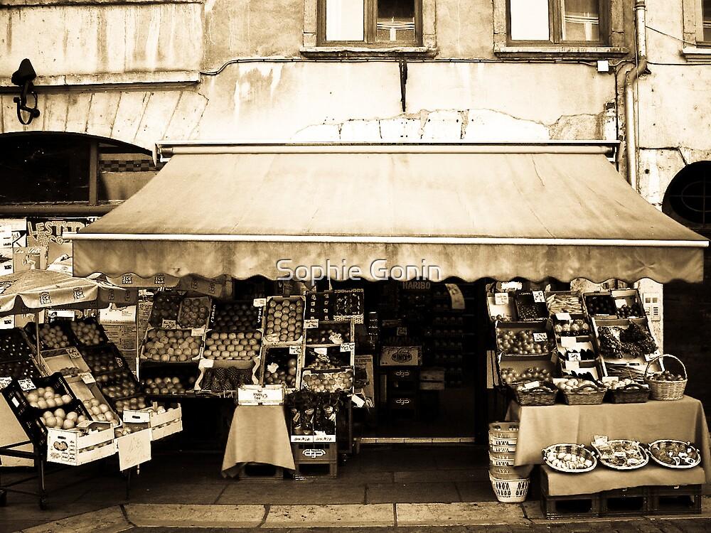 Fresh Veggies - Lyon, France by Sophie Gonin