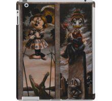 Disney Haunted Mansion Disney Doom Buggy Stretching Portraits iPad Case/Skin