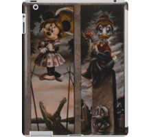 Disney Haunted Mansion Disney Doom Buggy Stretching Portraits iPad Case/Skin