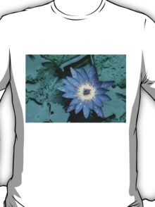 Blue waterlily T-Shirt