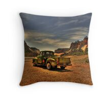 On the Way to Zion Throw Pillow