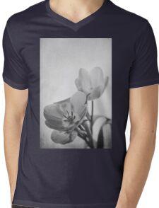 So Hard In Love (mono) Mens V-Neck T-Shirt