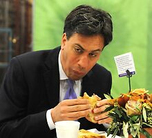 ed miliband eating a sandwich by pallasades