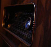 Radiogram at dusk. by David  Howarth
