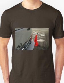 Caution DAEHA - Isuzu DIESEL 2U Unisex T-Shirt