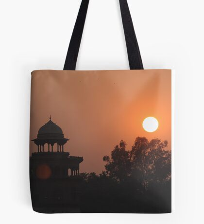 Sunset at Taj Mahal Tote Bag