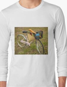 Pink Pedal Challenge 2015 - Support Jo and Ginny - bike with hat Long Sleeve T-Shirt
