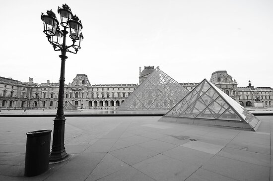 Early Louvre by Victor Pugatschew