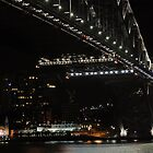 Very Dark Harbour Bridge by Kevin Leung