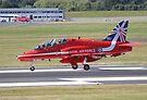 Single Arrow Touchdown - Farnborough 2014 by Colin  Williams Photography