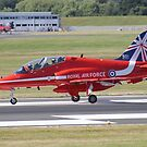 Single Arrow Touchdown - Farnborough 2014 by Colin  Williams Photography