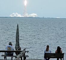 Shuttle watching by Larry  Grayam