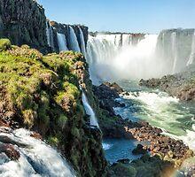 Around the Throat - Iguazu Falls by photograham