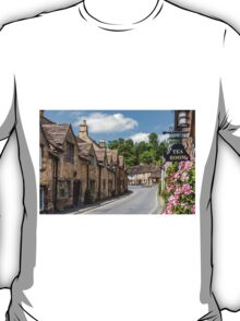 Tea Rooms, Castle Coombe, Wiltshire T-Shirt