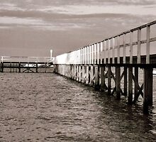 Sorrento Pier by Eyal Geiger
