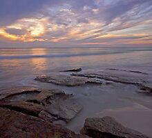 cable beach rocks pool  by Elliot62