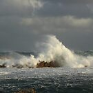 Rough seas at West Point on the far nor west Coast of Tasmania , Australia by phillip wise