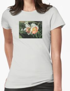 Twin Daffodils ~ T-Shirt