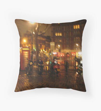 Rainy evening London Throw Pillow