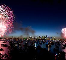 Sydney New Years Eve by Beth  Morley
