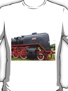 Viseu de Sus Steam Engine, Maramures County, Romania  T-Shirt