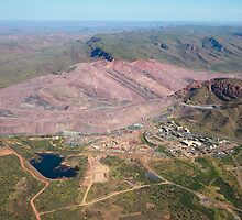 Argyle Diamond Mine - April, 2009 by Simon Blears