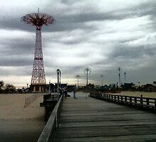 The pier by Alfredo Vegas Jr.