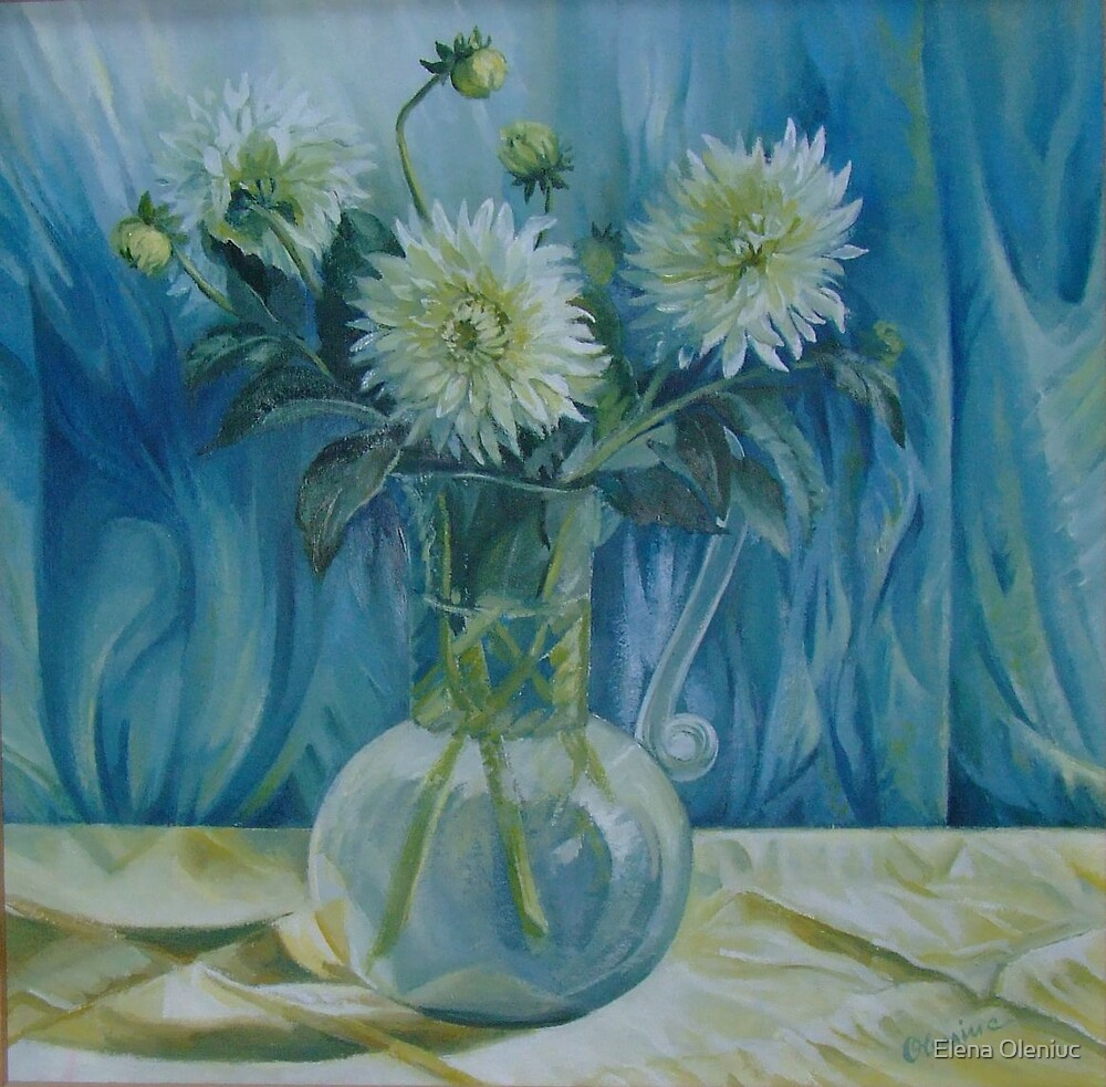 Flowers in glass vase by Elena Oleniuc