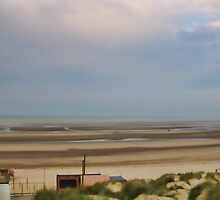 Camber Sands Beach by SmileyShazza
