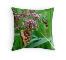 Two came a courting Throw Pillow