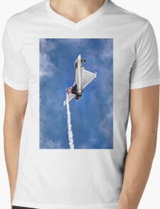 Eurofighter Typhoon - Venting ! - Farnborough 2014 Mens V-Neck T-Shirt