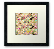 Modern Scallop Pattern Trendy Girly Gold Glitter Framed Print
