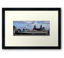 Qe2 at Liverpool 2008 Framed Print