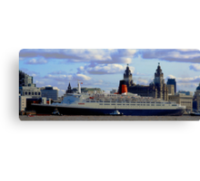 Qe2 at Liverpool 2008 Canvas Print