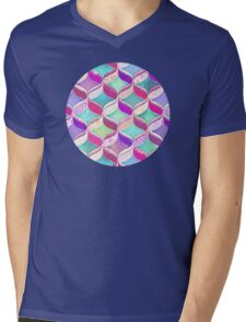 Patchwork Ribbon Ogee Pattern with Pink & Purple Mens V-Neck T-Shirt