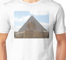 The Sphinx guarding the pyramids Unisex T-Shirt