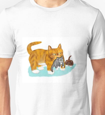 Kitty gets a ride from Momma Unisex T-Shirt