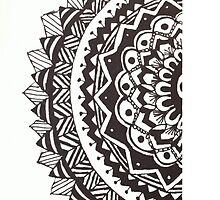 Zentangle Half Circle  by brie8