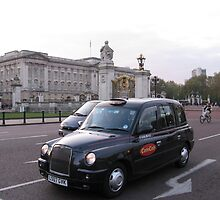 LONDON TAXI by kazaroodie
