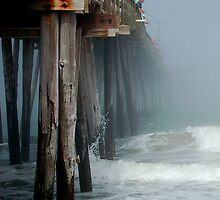 Vanishing Pier 2 by ckroeger
